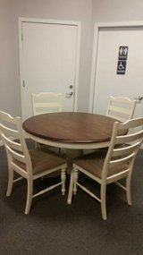 Scratch & Dent Round Antique White Table w/4 Padded Chairs $299.99* in Savannah, Georgia
