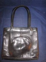 COACH Leather Purse with Built-In Side Coin Purse Black #083-8326 VINT in Oswego, Illinois