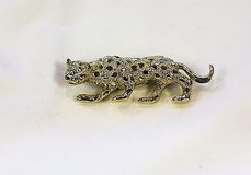 cheetah leopard wild cat jungle clear gem stone panther gold tone brooch hat pin in Kingwood, Texas