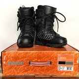 Women's snowboarding boots - Like New 32 boots size 6.5 in San Clemente, California