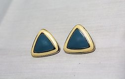 vintage retro gold tone blue teal green ivory beige cream triangle post stud in Kingwood, Texas