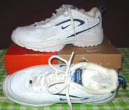 NIKE CROSS TRAINER AS 3 - Vintage NIB in Naperville, Illinois