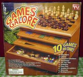 GAME SET - 10 IN 1 /WOODEN CABINET - NIB in Elgin, Illinois
