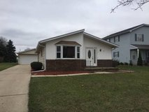 5BR 2.5 BATH RANCH HOUSE WITH FINISHED BASEMENT in Naperville, Illinois
