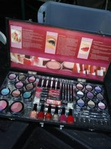 Cosmetics! makeup kit! in Roseville, California