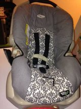 Graco Car Seat holds up to 30 LBs in Roseville, California