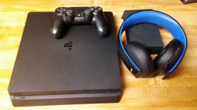 Slim PS4 w/ games and headset in Hinesville, Georgia