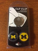 university of michigan wolverines magnetic cap clip with 2 double sided markers in Morris, Illinois