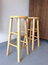 Set of 2 bar stools good condition in Chicago, Illinois
