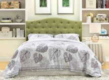 New Full / Queen Green Tufted Headboard FREE DELIVERY in Miramar, California