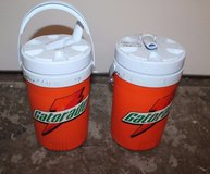 1 Gallon Gatorade Insulated Rubbermaid Jugs, Handle & Spout - Sports 2 Available in Glendale Heights, Illinois