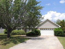 172403-Home set on large .64 acre Lot! in Warner Robins, Georgia