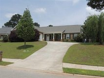 172399- Open floorplan offers a large living room! in Warner Robins, Georgia