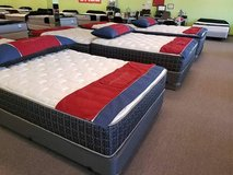 BRAND NEW!! LUXURY King and Queen MATTRESS* PREMIUM FEATURES! DELIVERY in St. Charles, Illinois