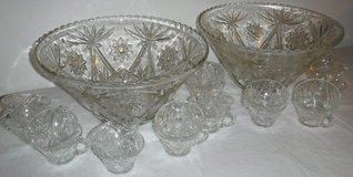 Vintage Cut Glass Punch Bowl w/ 10 cup Set in New Lenox, Illinois
