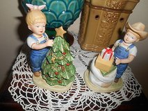 "Home Interior / HOMCO DENIM DAYS Porcelain Children Figurines ""IT's CHRISTMAS"" 2pc in Bellaire, Texas"