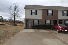 105 Coyote Ct in Clarksville, Tennessee