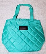 Quilted Insulated Zip Top Lunch Bag, Front Pocket - New Never Used in Aurora, Illinois