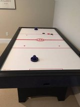*** AIR HOCKEY TABLE ***  High Quality in Excellent Condition!! in Wilmington, North Carolina