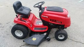 Wanted Broken Riding Mowers For Parts Or To Fix Up in Hinesville, Georgia