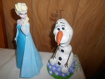 "New  Disney FROZEN ""Elsa and Olaf ""Statues / Figurines!  Set of 2    MINT in Bellaire, Texas"