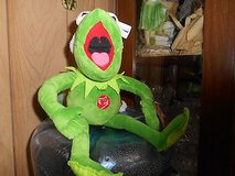 MUPPITS Stuffed / Plush KERMIT THE FROG Santa!  Very Cute! in Bellaire, Texas