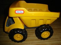 LITTLE TIKES DUMP TRUCK in Quantico, Virginia