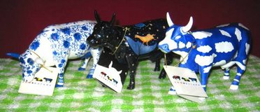 COW PARADE Figurines - set of 3 in Elgin, Illinois