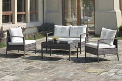 4 piece set patio table + 2 chairs + sofa free delivery in Miramar, California