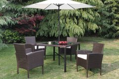table +4 chairs + umbrella 6-piece outdoor set patio set free delivery in Miramar, California