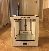ultimaker 2+ plus filaments, low usage, excellent condition in Kingwood, Texas