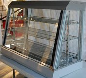 anvil 4 foot heated/humidity glass counter top display - REDUCED in Beaufort, South Carolina