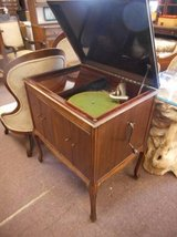 Victrola Record Player in Elgin, Illinois