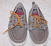 "Kenneth Cole REACTION ""News Anchor"" Green Boat Shoes, Sz 10 Med in Glendale Heights, Illinois"