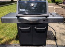 Weber Stainless Steel Spirit 310 Propane Grill - New Grates & Bars in Glendale Heights, Illinois