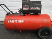 3.5hp 25 gallon Craftsman/DeVILBISS air compressor in Fort Drum, New York