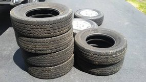 6 Used General Ameritrac Radial Tires LT 235/80R17 M+S 120/117R in Morris, Illinois