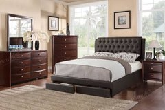 QUEEN Tufted Headboard Storage Bed FREE DELIVERY in Oceanside, California