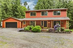 Country Charmer on 5 acres!  *164th* in Fort Lewis, Washington
