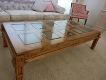 Coffee table and matching end table in Yucca Valley, California