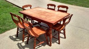 PROJECT DINNING ROOM TABLE & 6 CHAIRS in Fort Campbell, Kentucky