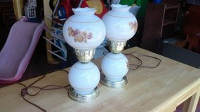 2 VINTAGE LANTERN STYLE TABLE LAMPS in Joliet, Illinois