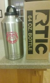 Rtic 64oz Bottle w/ Bulldog Decal in Byron, Georgia