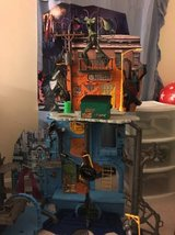 Large TMNT play set with accessories in Fort Belvoir, Virginia