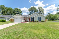 3Bd/2Bth Prvcy Fnce, Wood Laminate, 100HoneyTreeCt in Camp Lejeune, North Carolina