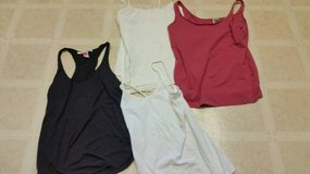 Sleeveless tops in Oceanside, California