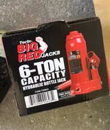 6TON BOTTLE JACK in Lockport, Illinois