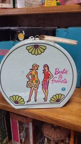 Vintage Round Barbie and Francine Carrying Case in Baytown, Texas