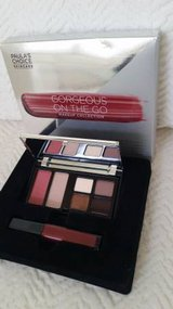 NEW PAULA'S CHOICE MAKEUP COLLECTION in Algonquin, Illinois