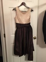 WOMAN'S DRESS by Jessica Howard - SIZE 6 in Wilmington, North Carolina
